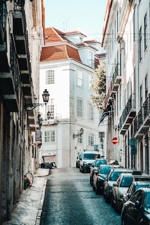 Kostnadsfri bild av gammal gata, gata, lissabon, liten gata