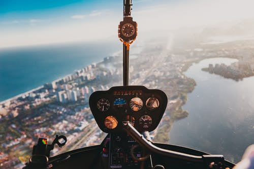 Бесплатное стоковое фото с активный отдых, вертолет, ветровое стекло, вид