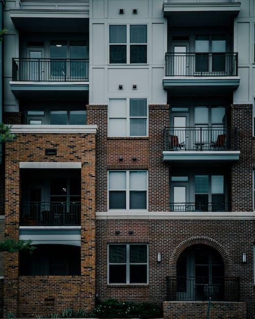 公寓, 公寓建築, 公寓樓, 喜怒無常 的 免費圖庫相片