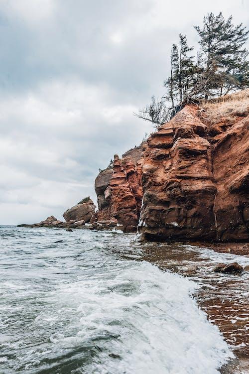 Gratis stockfoto met geologische formatie, h2o, klif, landschap
