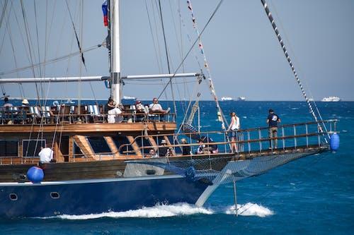 海, 船の無料の写真素材