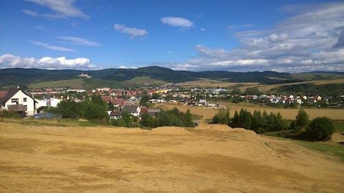 Gratis lagerfoto af by, land, landsby, natur