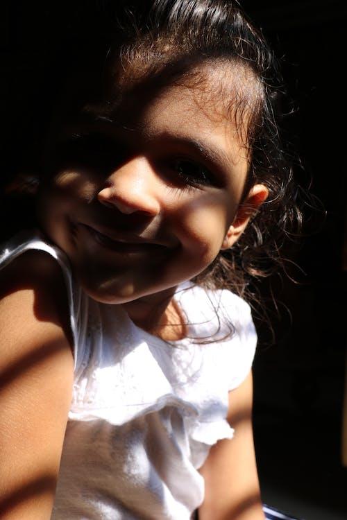 Immagine gratuita di adorabile, allegro, amichevole, arricciare