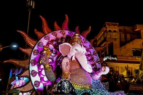 Foto d'estoc gratuïta de adoració, art, artístic, carrer