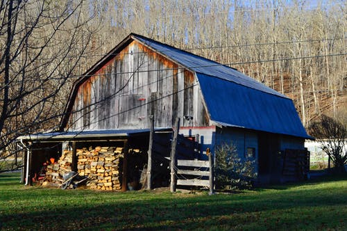 Free stock photo of barn, building, colorful