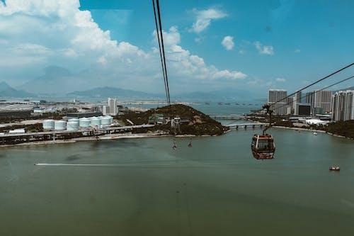 Immagine gratuita di acqua, architettura, baia, barca