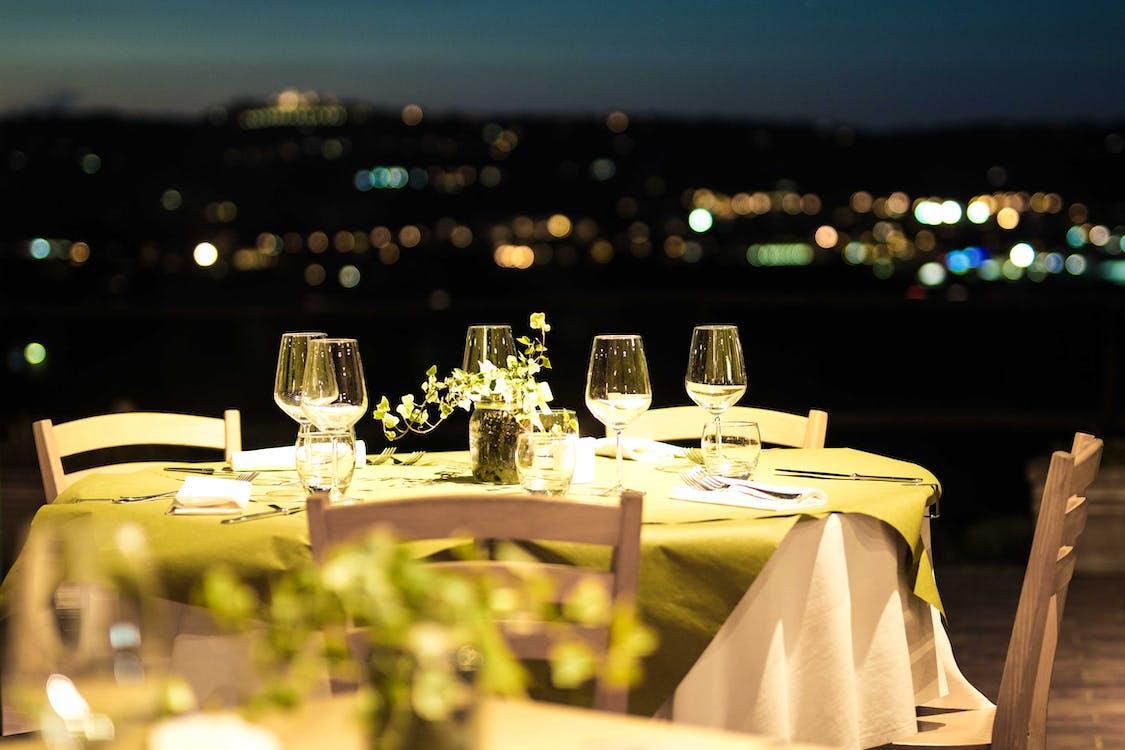 bàn ăn, ban đêm, bữa tối