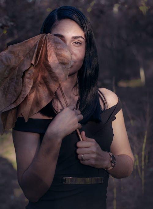 Ilmainen kuvapankkikuva tunnisteilla 20-25-vuotias nainen, muotokuvaus, muotokuvia, putoaminen