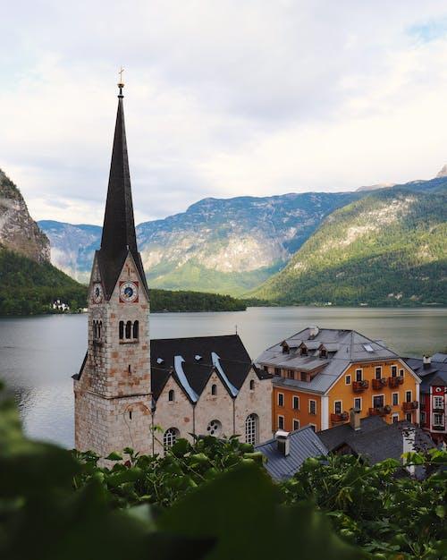 Foto stok gratis agama, air, Arsitektur, bangunan gereja