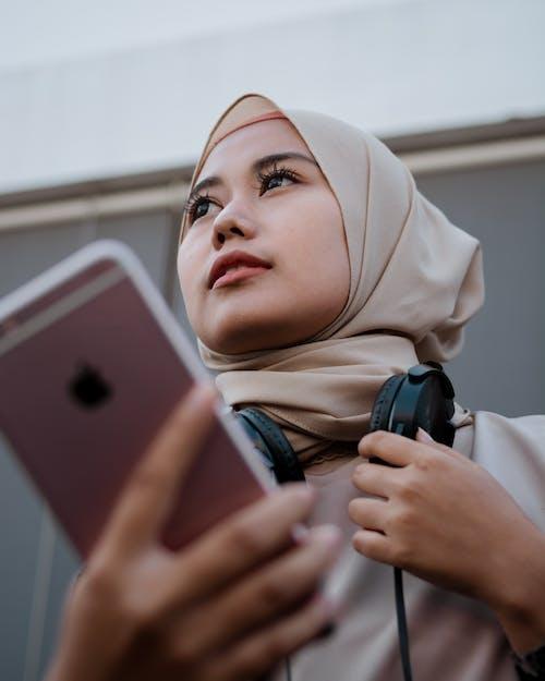 iphone, インターネット, ガジェット, コンテンポラリーの無料の写真素材