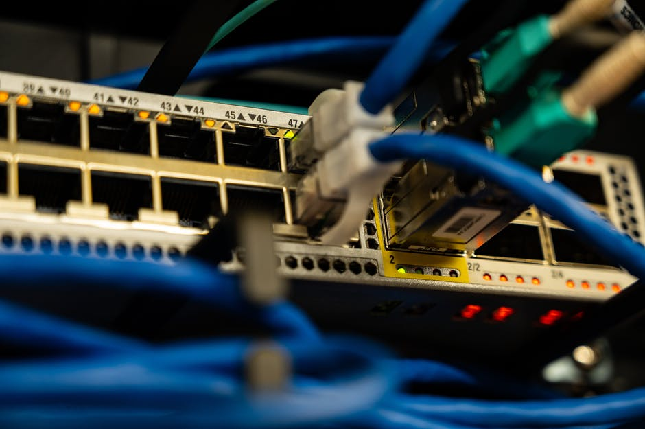 3 Important Factors to Consider When Choosing an Internet Service Provider