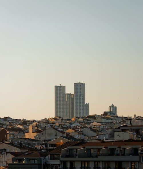 Gratis lagerfoto af arkitektur, bygninger, byområde, høje bygninger