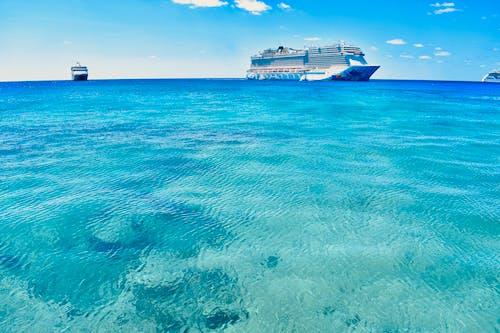 Gratis arkivbilde med blå, blått hav, cruise