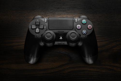 Black Dualshock 4