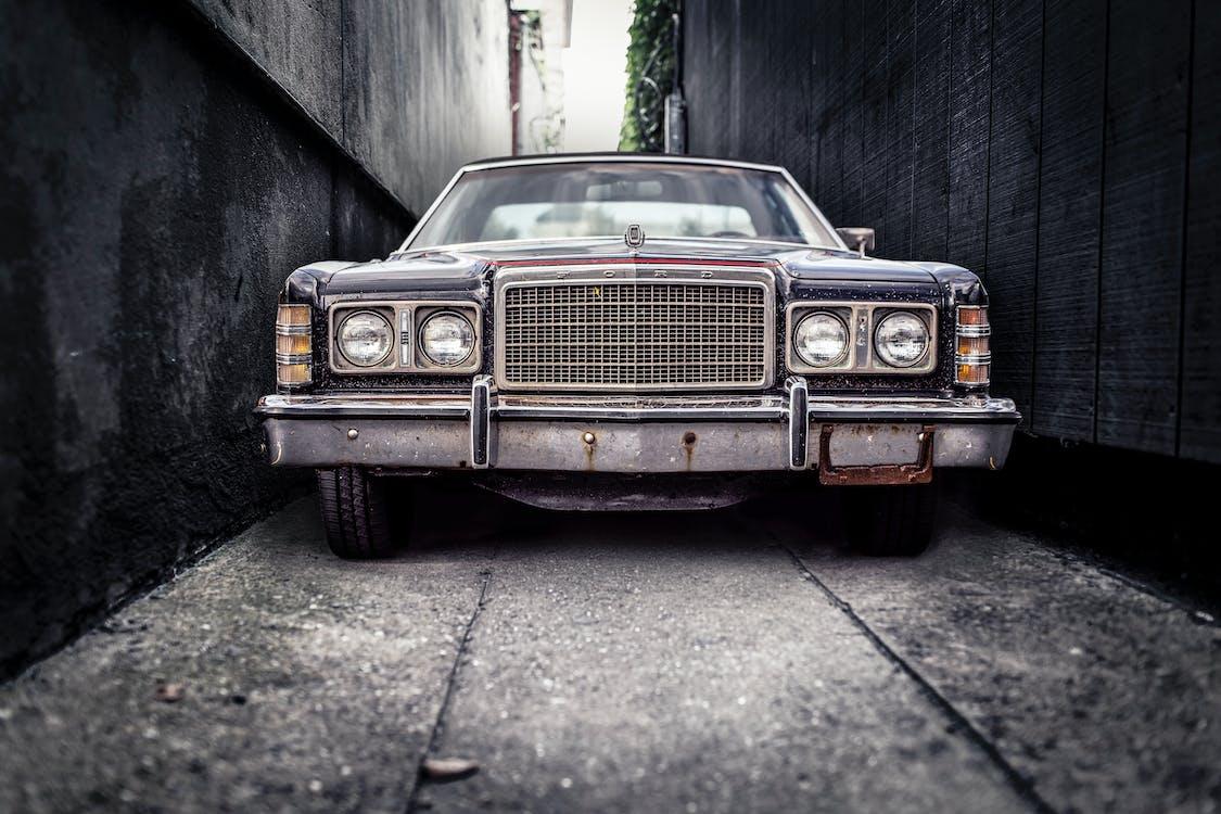 ciasno, parking, samochód