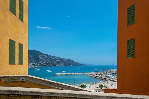 Δωρεάν στοκ φωτογραφιών με bayview, seawall, άμμος, αρχιτεκτονική