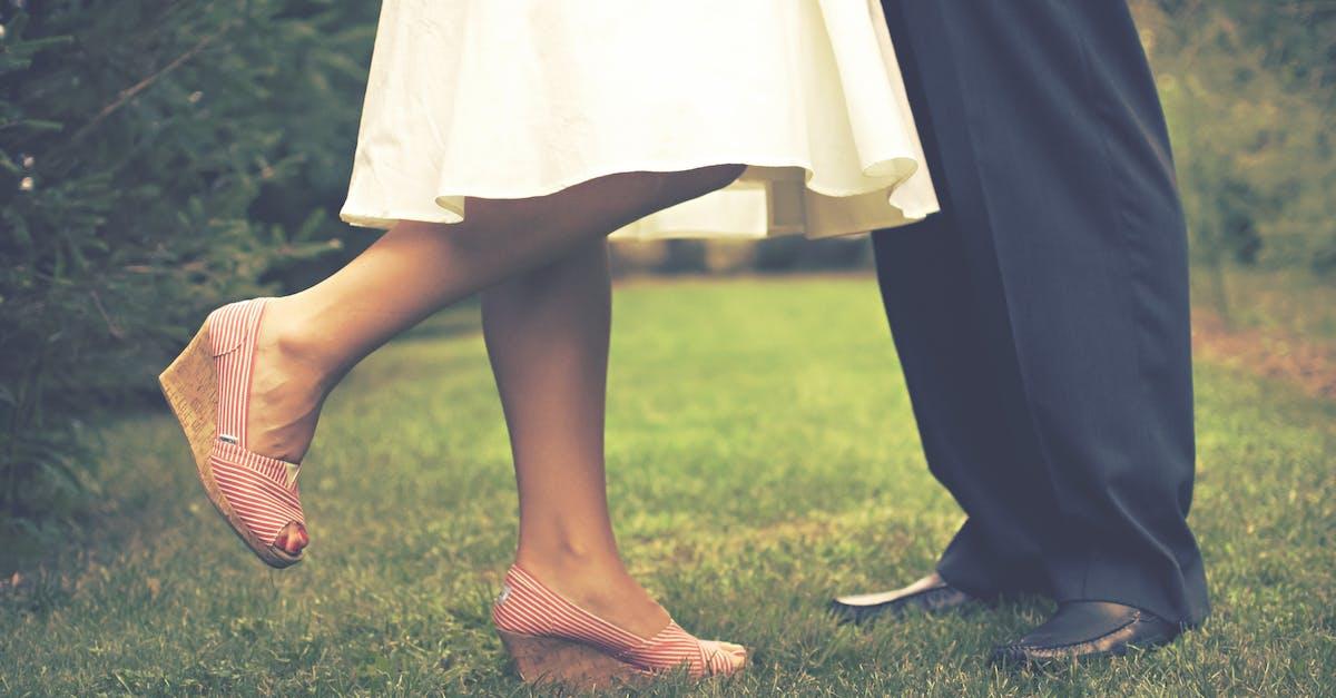 Картинку, картинки женские ноги на мужчине