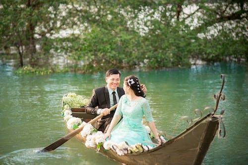 Kostnadsfri bild av båt, bröllopsklänning, fartyg, förälskad