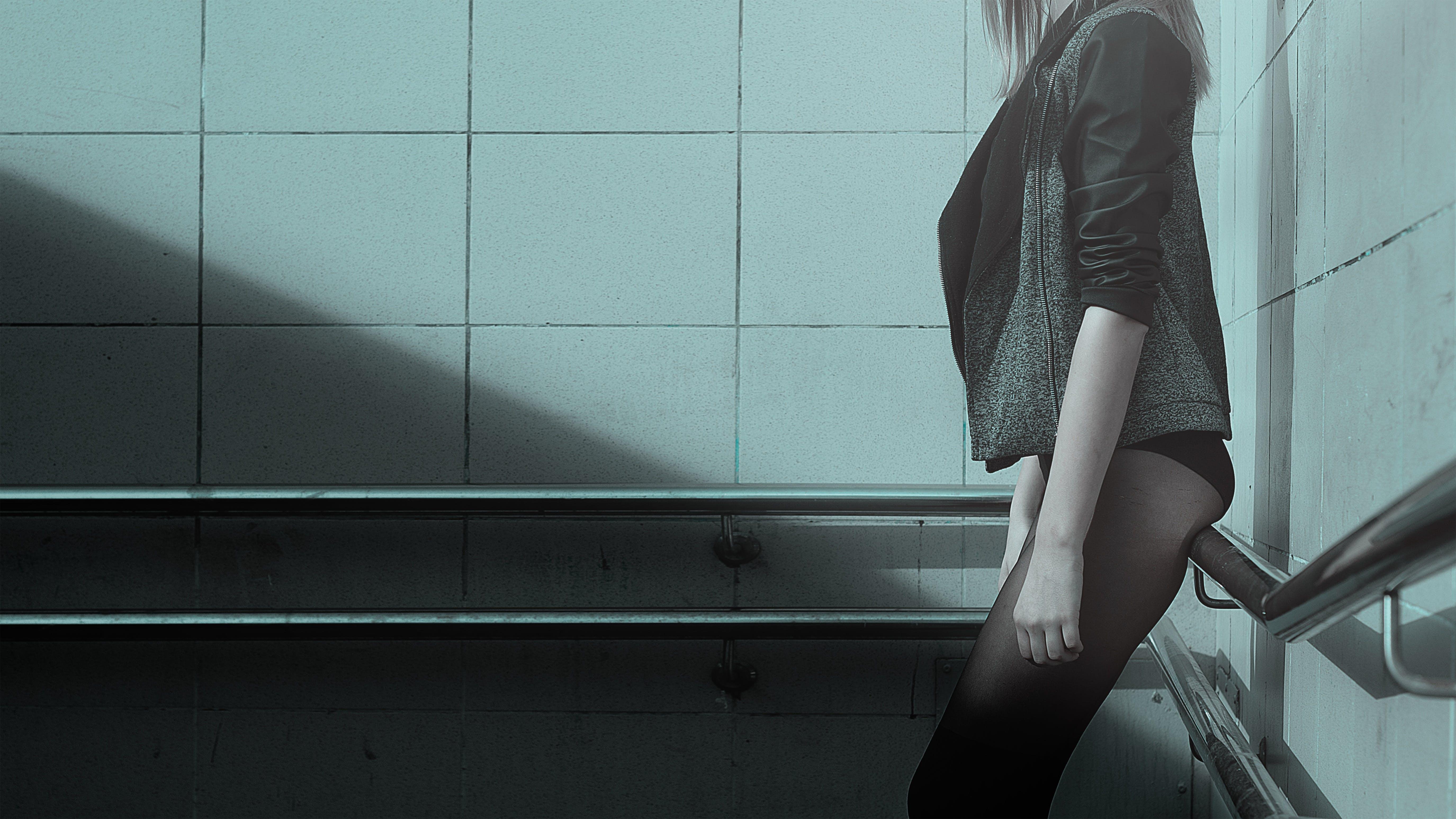 Foto d'estoc gratuïta de adult, cames, clareja, dama