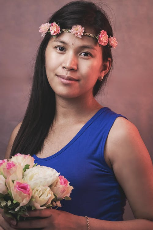 คลังภาพถ่ายฟรี ของ การมอง, จับ, ดอกไม้, ผม