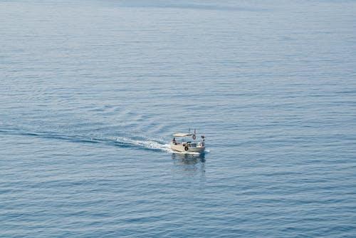 Darmowe zdjęcie z galerii z fale, morze, na dworze, niebieski