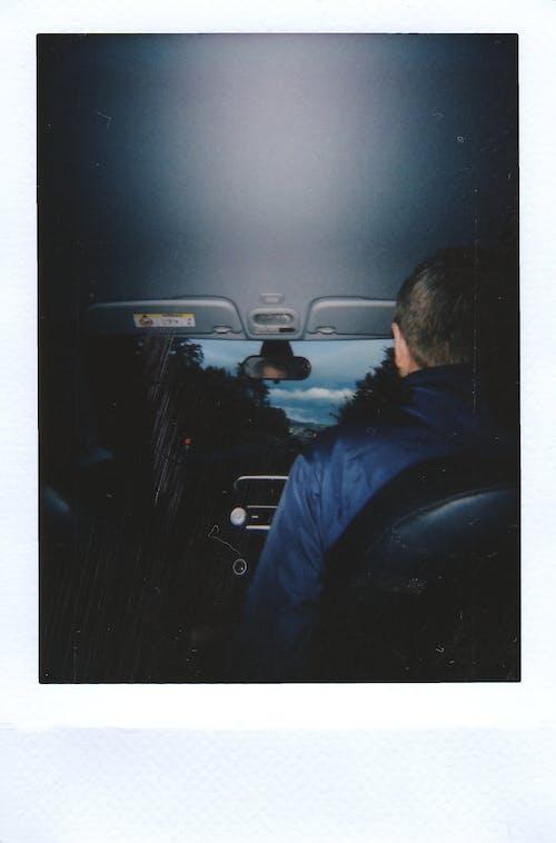 Kostnadsfri bild av bil, bilinteriör, omedelbar, person