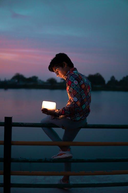 ánh sáng, bầu trời, cô đơn