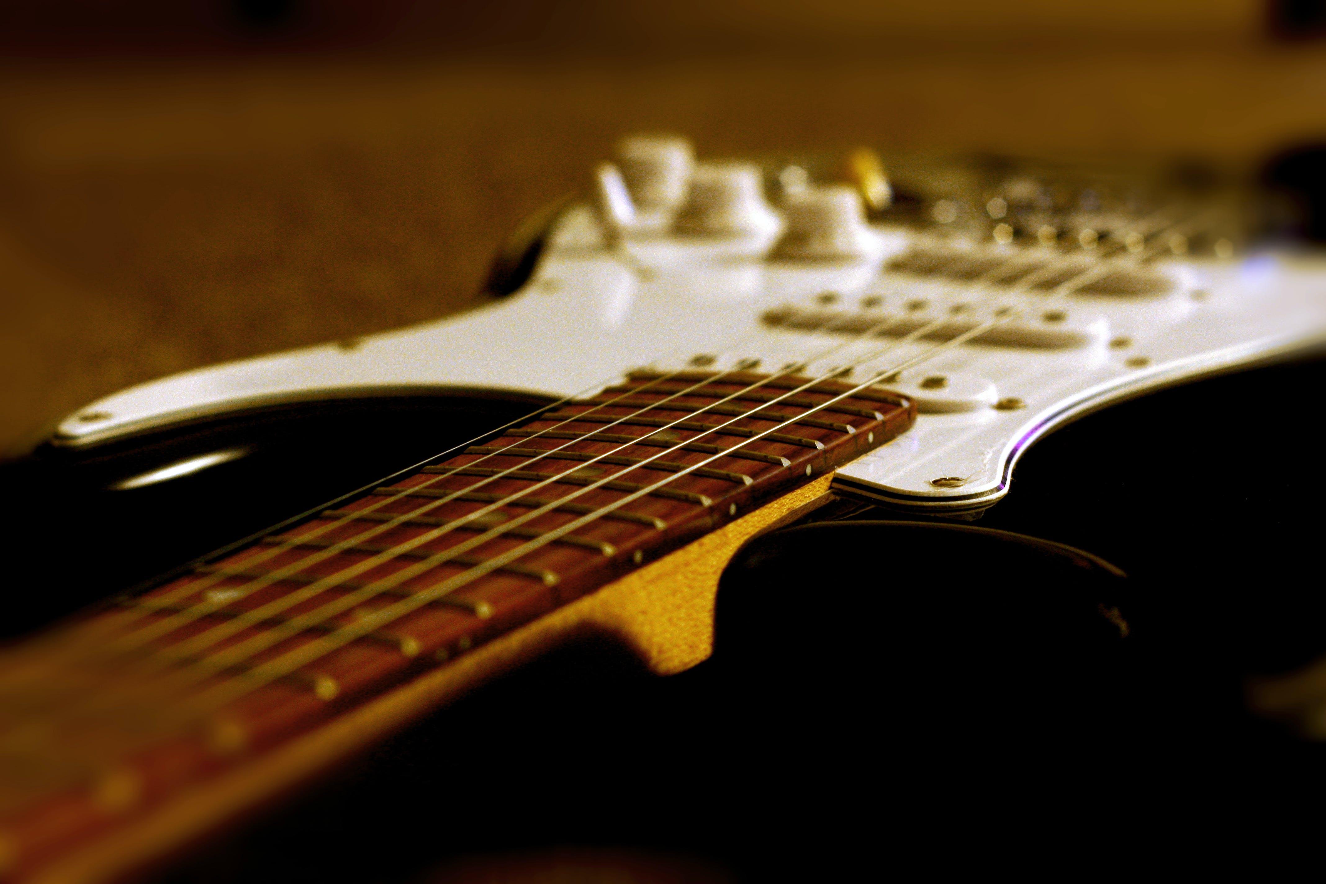 Základová fotografie zdarma na téma elektrická kytara, kytara, kytarová klávesnice