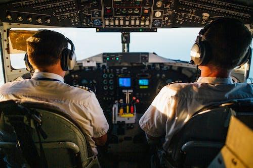 Δωρεάν στοκ φωτογραφιών με aviate, αεροπλάνο, αεροπλάνο γραμμής, αεροπλοΐα