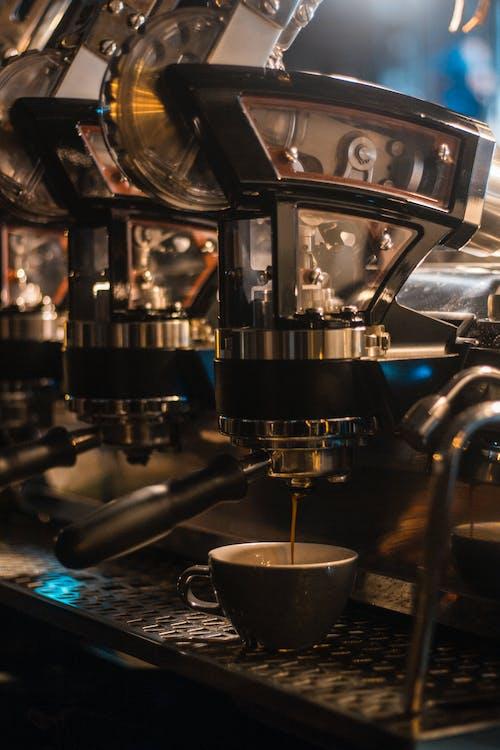 Fotobanka sbezplatnými fotkami na tému atraktívny, espreso, káva, kaviareň