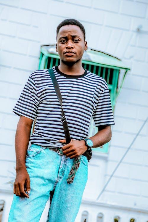 Foto stok gratis bergaris, ekspresi muka, fashion, gaya