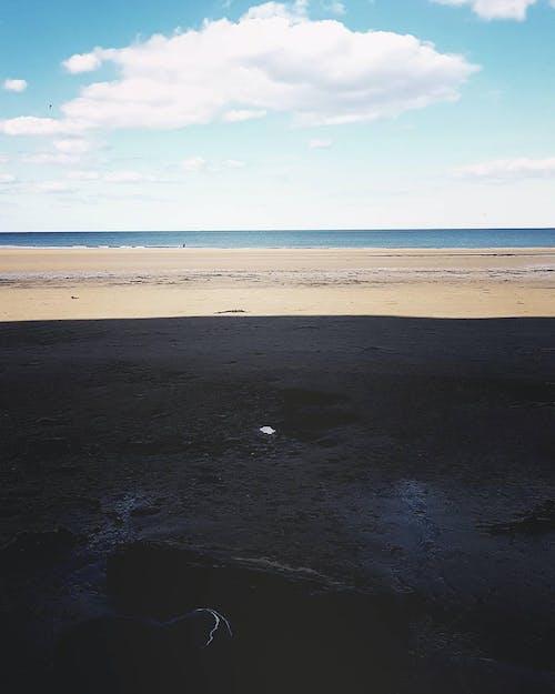 Безкоштовне стокове фото на тему «кольори, море, небо, пляж»
