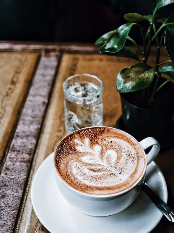 bestikk, bord, cappuccino