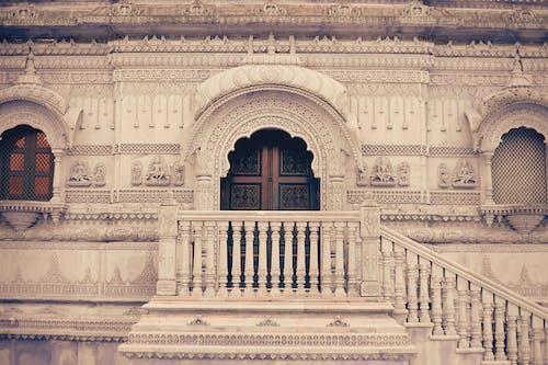 Бесплатное стоковое фото с Архитектурное проектирование, индуистский храм, классический, лестница