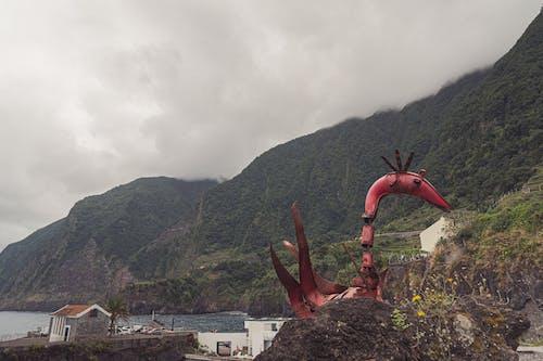 Безкоштовне стокове фото на тему «вода, гори, море, скульптура»