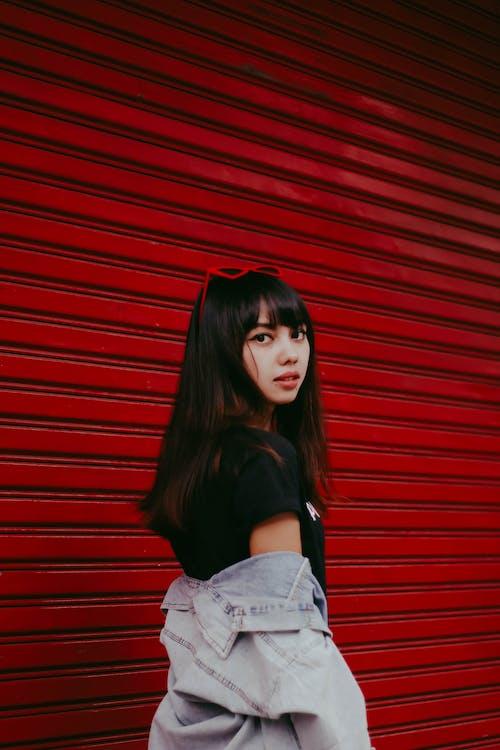 Základová fotografie zdarma na téma asiatka, asijská holka, červená