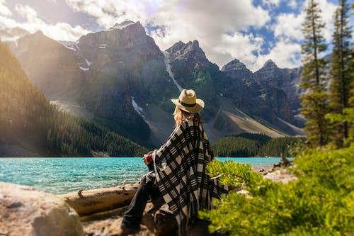 インスピレーション, ハイキング, ポンチョ, モレーン湖の無料の写真素材