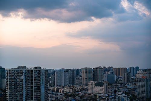 Δωρεάν στοκ φωτογραφιών με γραφική θέα, πόλη, σύγχρονα κτίρια, φωτογραφία τοπίου