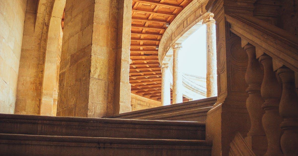 ruining historical landmark stairs - HD3456×5184