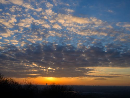 Immagine gratuita di cielo, colorato, leggero, luce del sole
