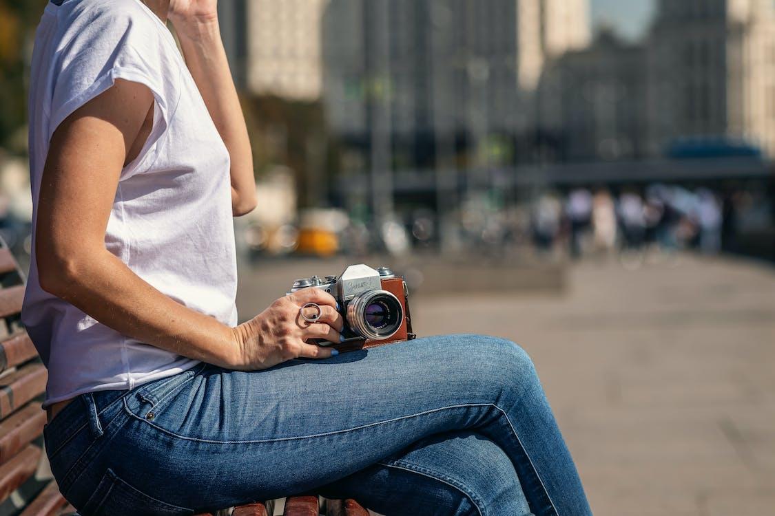 analogový fotoaparát, barvy, bílá