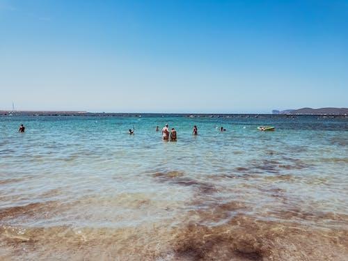 Безкоштовне стокове фото на тему «берег, Берегова лінія, блакитне небо, відпочинок»