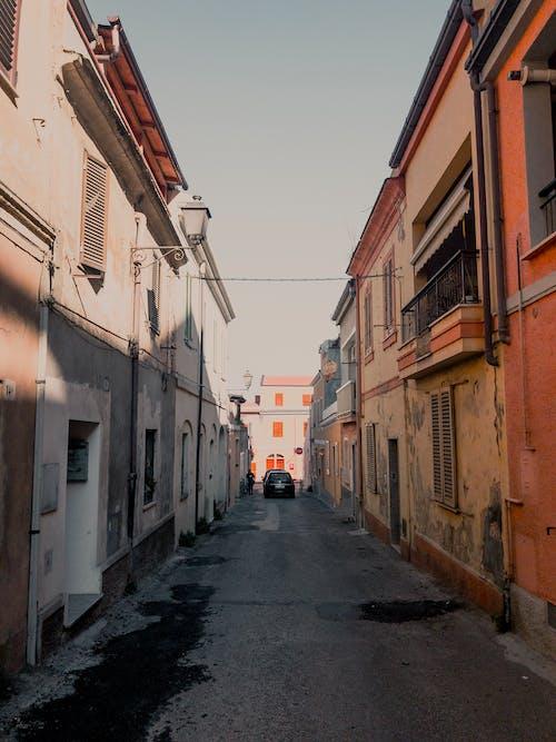 거리, 건물, 건축, 건축 설계의 무료 스톡 사진