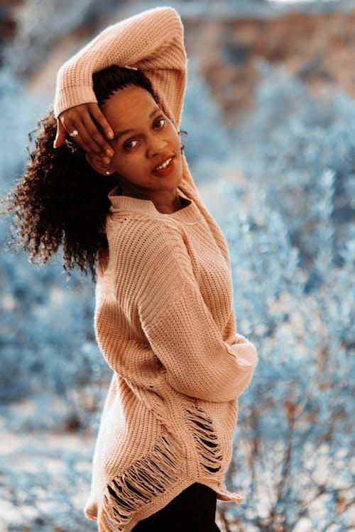 Fotobanka sbezplatnými fotkami na tému afro vlasy, modelka, módna fotografia, roztomilé dievčatá