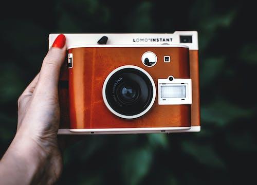 Foto d'estoc gratuïta de càmera, càmera instantània, clàssic, electrònica