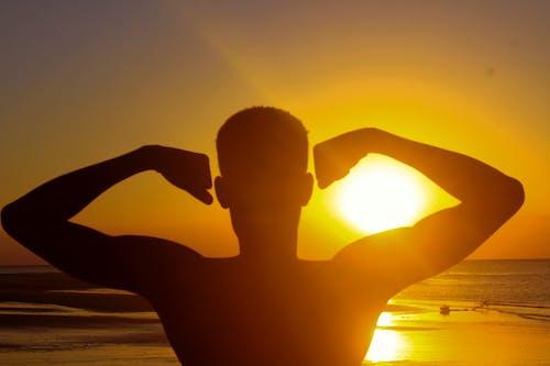Fotobanka sbezplatnými fotkami na tému siluety, sunset beach