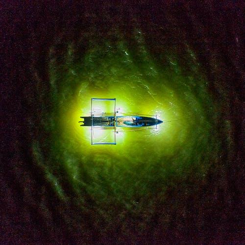คลังภาพถ่ายฟรี ของ กราฟิก, กลางคืน, กล้องโดรน, การสะท้อน