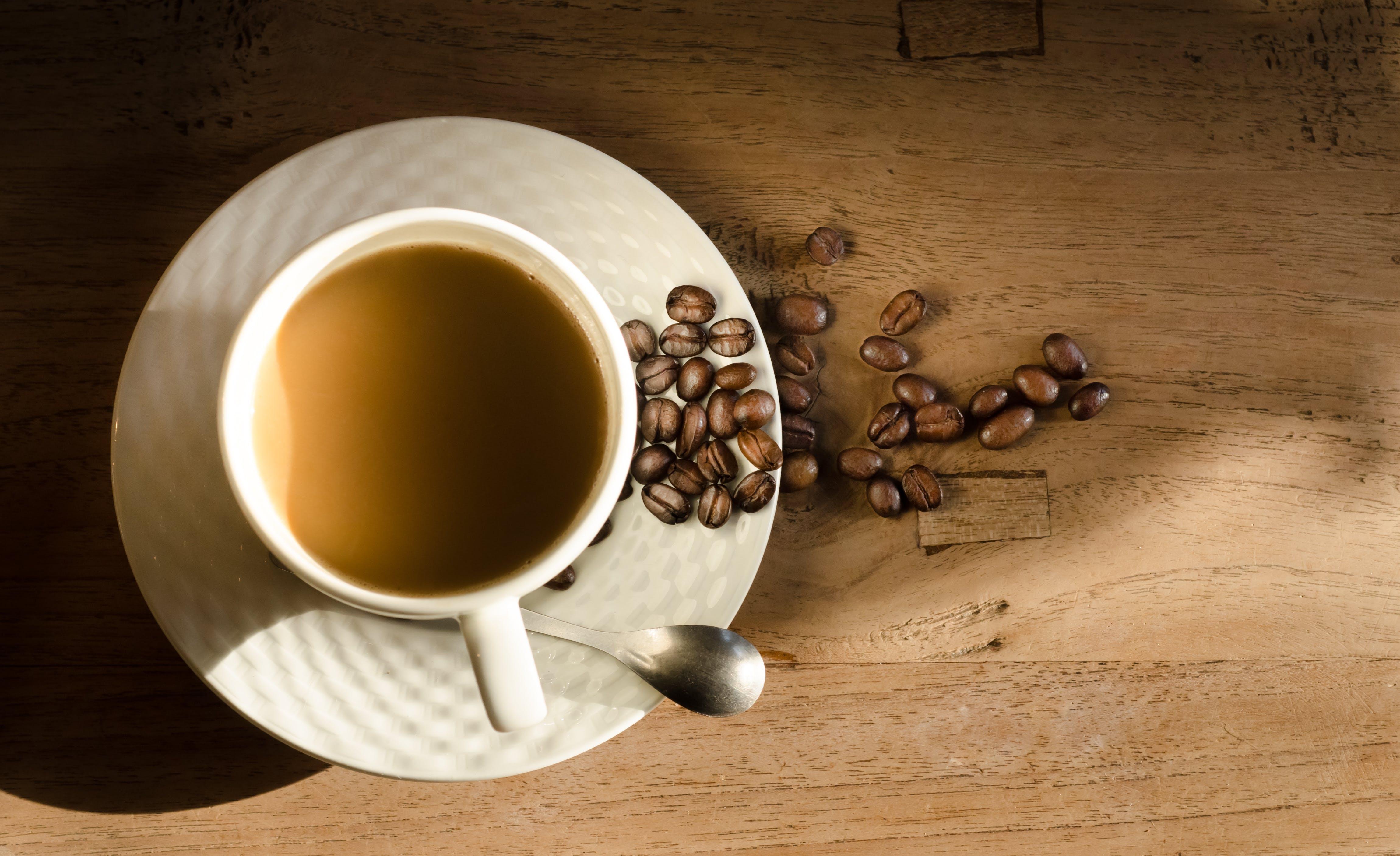 Foto d'estoc gratuïta de atractiu, beguda, cafè, cafè exprés