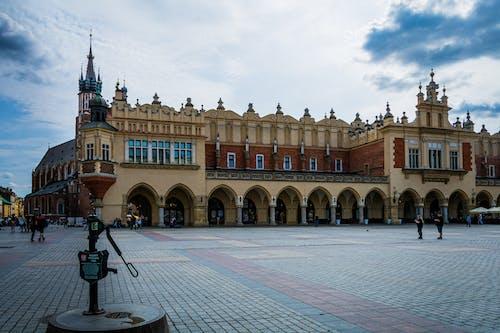 Foto d'estoc gratuïta de ajuntament, archt, atracció turística, centre de la ciutat