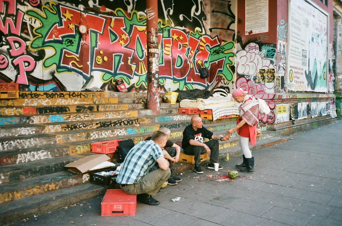 asu, graffiti, ihmiset